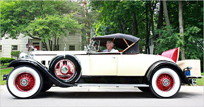 1930 Packard 740 roadster