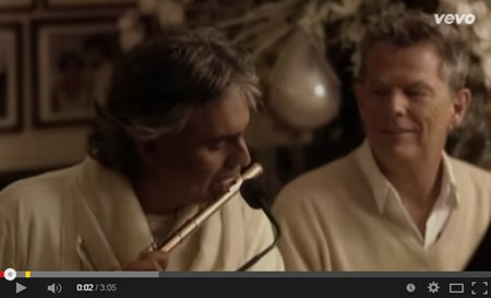"""Andrea Bocelli & David Foster performing """"White Christmas"""""""