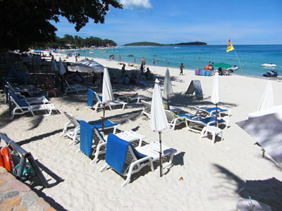 Baan Samui Resort beachside