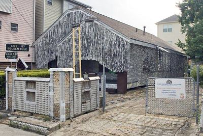 Houston's beer can house