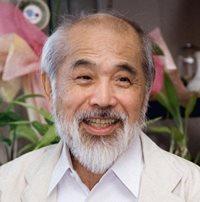 Kenji Ekuan in 2003