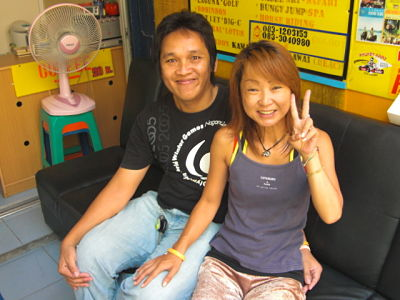 Oot & Akiyo, Patong motorcycle rental shop owners