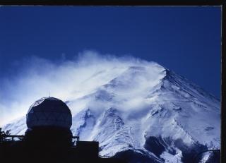 Mt. Fuji is dangerous in winter