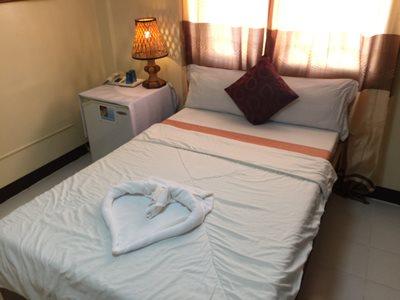 single deluxe room in Boracay Seabird International Resort