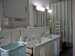 Hostel Mt. Fuji vanity