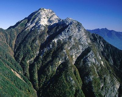 Mt. Kai-koma-ga-take and its subpeak, Marishiten
