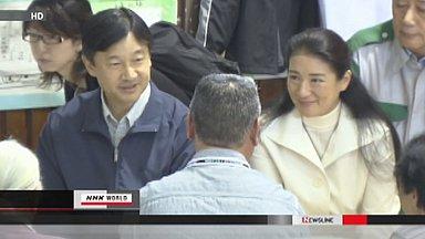 Crown Prince and Princess visit evacuee shelter