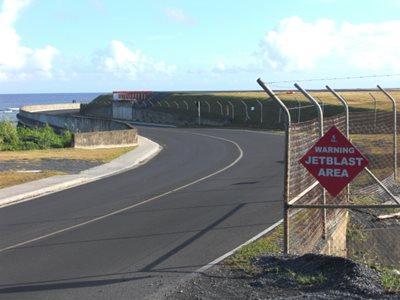 Rarotonga jet blast area sign