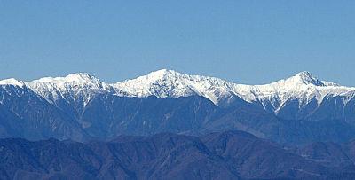Shiranesanzan - 3 white summits