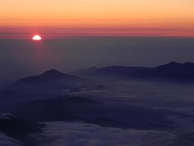 Goraiko (sunrise) from summit of Fujisan