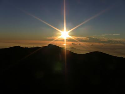 Sunrise from Fuji's Kengamine Peak